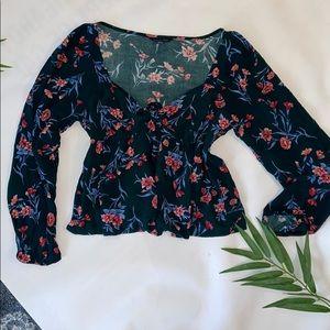 American Eagle Floral Top with tie